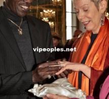 Mamadou Lamine Maiga passe la bague à sa femme