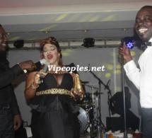 """Les deux """"golden sapeurs"""", Boub's et Mbaye Dieye sur scéne avec Mado l'ex maquilleuse de la TFM"""