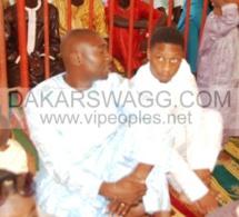 Kader Ndiaye le seul homme de confiance de Cheikh Amar et son neveu Serigne Amar à la priére