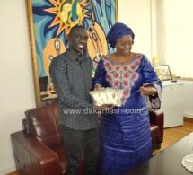 EBOLA:  Pape Diouf le nouveau ambassadeur rencontre Eva Marie Coll Seck au ministère de la santé
