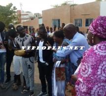 10 PHOTOS:Papis Demba Cissé oeuvre dans le social pour rendre service à son peuple