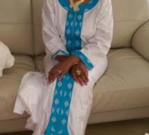 Léa Ndiaye , heureuse au baptême de son fils qui porte le nom de Cheikh Ahmadou Bamba Mbacké Porokhane. Regardez