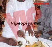 Le Président Macky Sall savoure notre plat national.