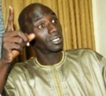 """Les apéristes tirent sur le fondateur de """"Leeral Askan Wi"""": """"Oumar Faye est un oiseau de mauvais augure ; il tire »sa pitance du chantage..."""""""