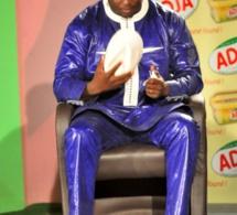 VIDEO: Aziz Ndiaye s'adresse aux patrons de presse après le licenciement des animatrices de SENTV : « Une TV qui veut diffuser mes combats devra... »