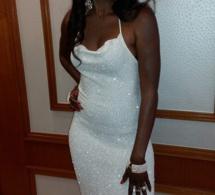 Queen Biz toute classe dans sa magnifique robe
