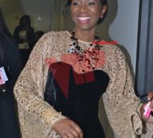 3 PHOTOS: Que signifie ce beau sourire de Madame Kouyaté patronne du Label Prince Art.