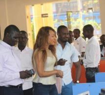 Pour son anniversaire: Viviane en compagnie de son staff  à Banjul pour les derniers réglages de son anniversaire.