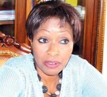 """L'ex ministre de Wade Awa """"Coudou"""" Ndiaye devient la seconde """"Kani khégn"""" du Dg du port Cheikh Kanté."""