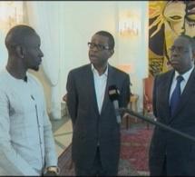 Video: Après avoir offert 1 voiture à Balla Gaye2, Mamadou Sakho présente un projet à Macky Sall