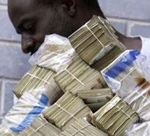 Un homme vole 10 millions à son patron pour épouser sa fiancée
