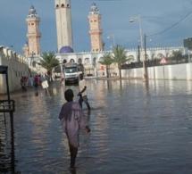 Inondations: La Grande mosquée de Touba  coupée du reste de la ville