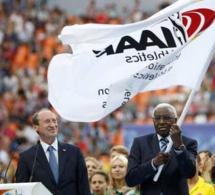 Corruption à l'IAAF: La suspension de Lamine Diack comme membre honoraire du CIO réclamée