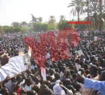 Manifestation anti-Jeune Afrique à la mosquée Massalikul Jinane à Dakar (images)