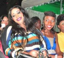 """Exclusivité: Le chanteur Abou Thioubalo se pend ce lundi avec l'ex miss """"Jogoma"""" Oumy Gaye."""