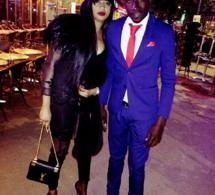 La femme d'affaires Colé Faye en compagnie de son intime ami Matar Samb de Saremo à Paris.