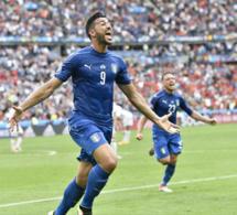 L'Italie élimine l'Espagne (2-0)