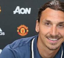 """Zlatan répond à Cantona: """"Je suis le dieu de Manchester"""""""