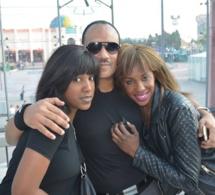 DJ Edouardo en parfaite complicité avec sa fille et Marie Avril à Paris.