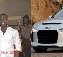 Pape Gora Samb l'homme d'affaires Sénégalais d'Atlanta offre une voiture à Pape Diouf pour son anniversaire.