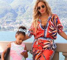 Photos: Les vacances romantiques de Beyoncé, Jay Z et leur fille Blue Ivy