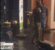VIDEO:SOUND CHEK PAPE DIOUF A MONTRÉAL AVEC LA RGSC. REGARDEZ AVANT LE BIG SHOW;